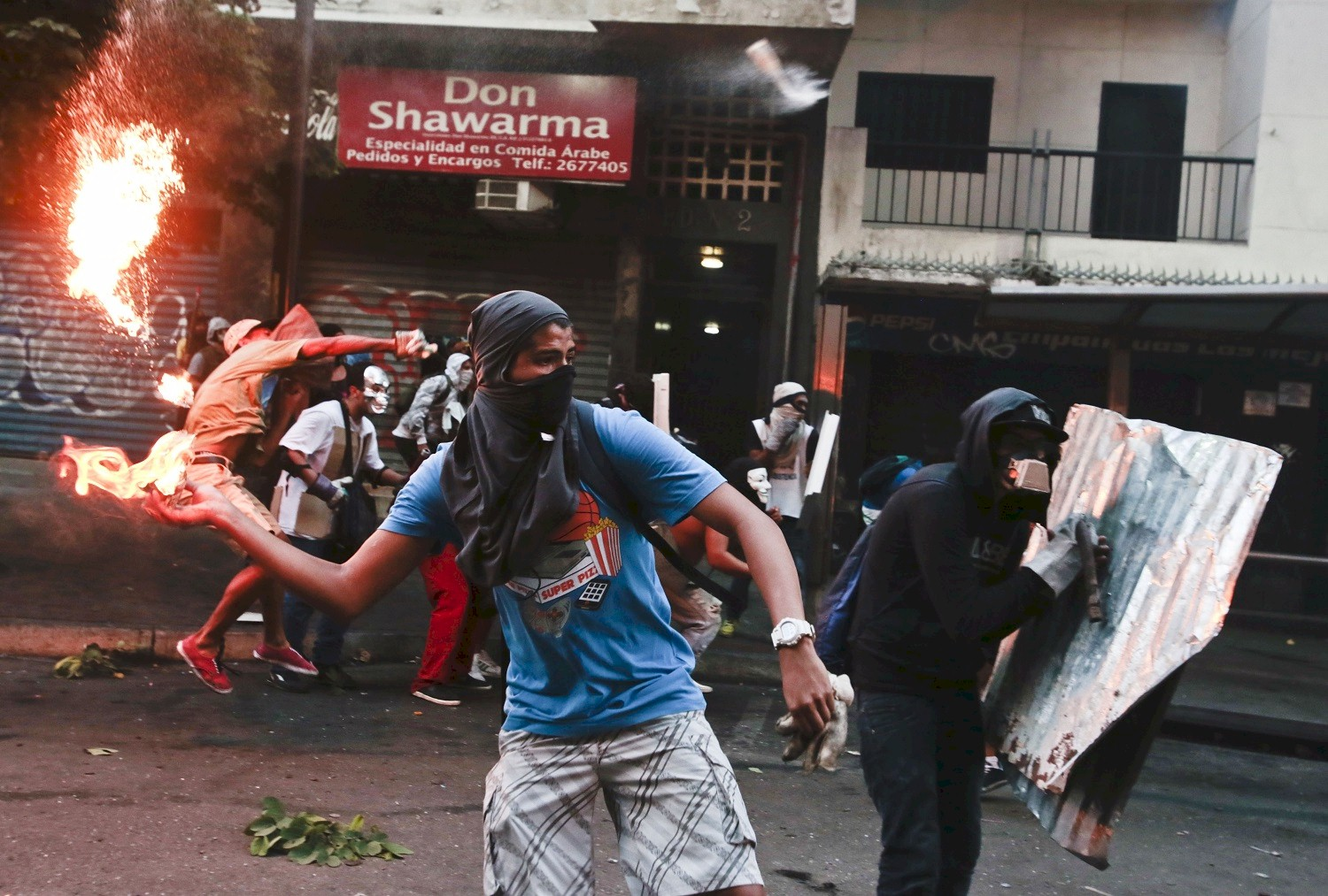 Violent protests on Venezuelas streets in 2014