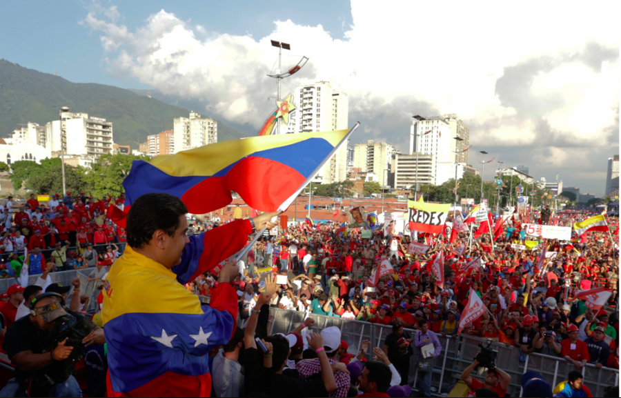 Thousands of Venezuelans March to Celebrate their Constitution and Condemn US Interference