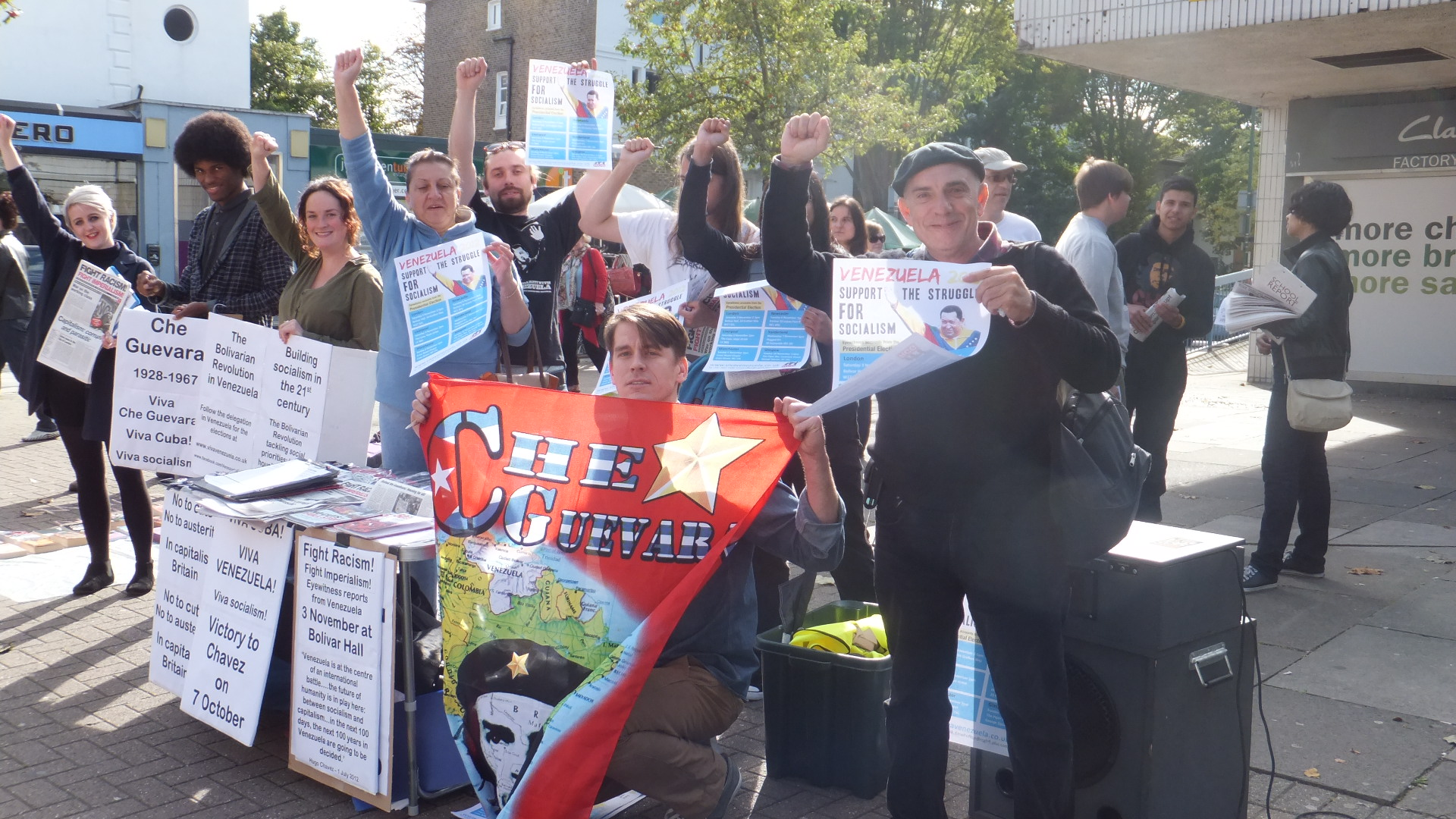 RCG and supporters held a solidarity stall in Kilburn before the Counihan-Sanchez march