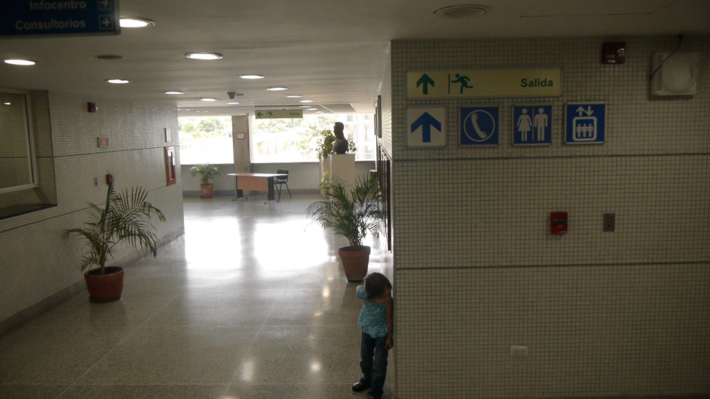 A child plays inside the hospital