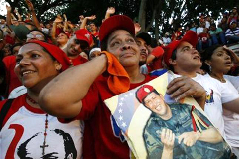 chavez_supporters